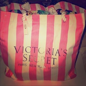Victoria's Secret Beach Bag!